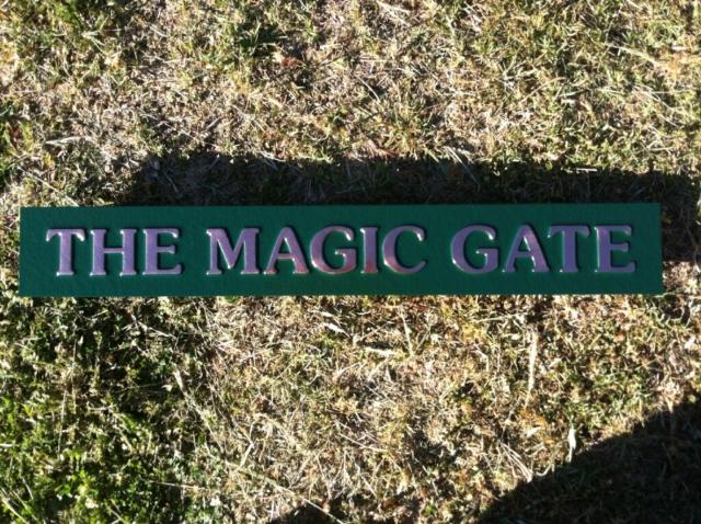 magic-garden-sign