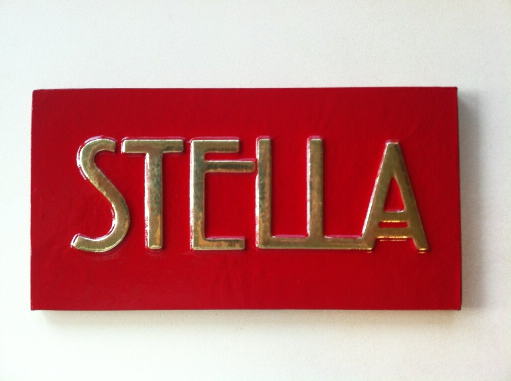 stellas-room-bedroom-door-sign